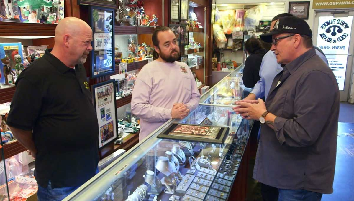 TMNT and Kevin on Pawn Stars on History Channel